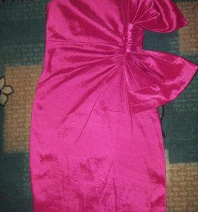 Платье на стройняшку XS