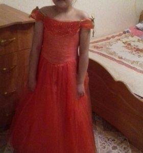 Платье нарядное на 9 -12 лет