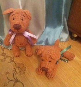 Вязанные игрушки . Милые собачки отличный подаро