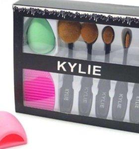 Набор кистей для макияжа + косметичка в подарок