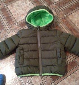 Куртка проктически новая примерно на 1 годик