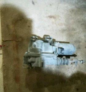 Коробка робот актуатор радиатор Тойота Королла