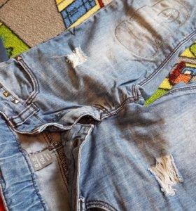 Детские брюки на мальчика 5-6 л