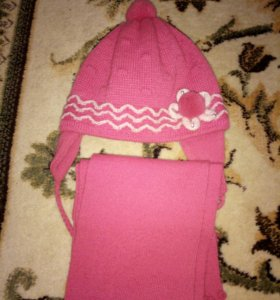 Комплект (шапка+шарфик)на девочку 2-4года