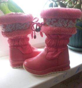 Зимние сапожки для девочки.