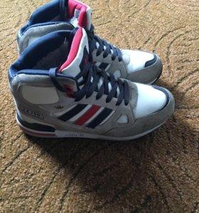 Зимние ботинки adidas