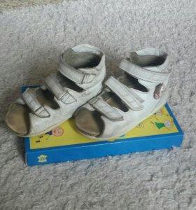 Ортопедические сандали Орфея