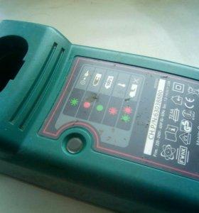 Зарядное устройство Makita б/у.