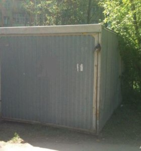 С доставкой гараж-пенал.