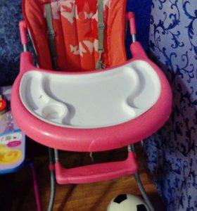 Детский обеденный столик.