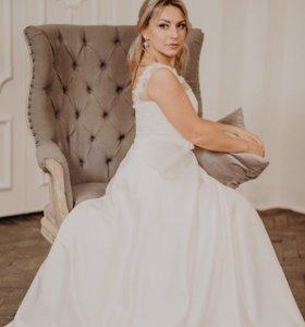 Свадебное платье(почти даром)