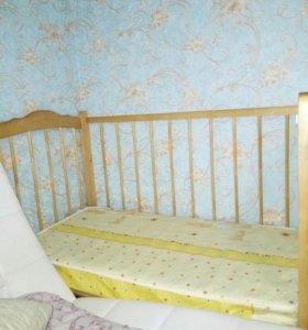 Кроватка детская с матрасом б/у