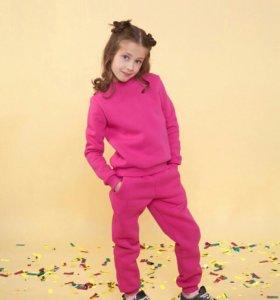 Детский костюм на зиму разных цветов