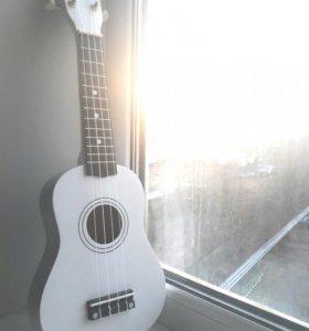 Укулеле белая / гавайская гитара