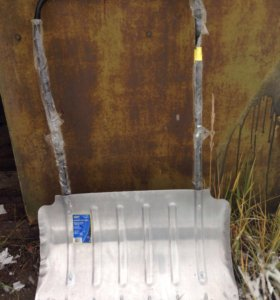 Скребок для чистки снега алюминевый