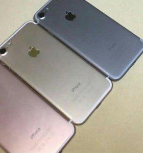 IPhone 7, на 32 Гб.