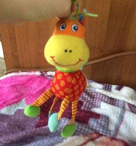 Детская игрушка для развивающего коврика