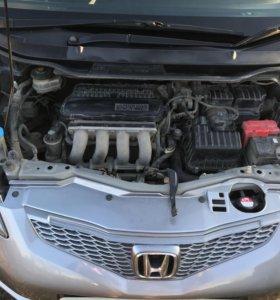 Продам Хонда Фит 2009г