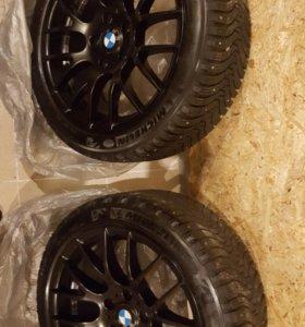 Комплект разношироких колес r18 359 стиль