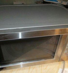 Микроволновая печь с грилем.