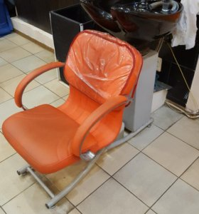 Оборудование Б/У для парикмахерской