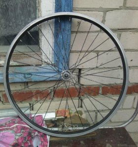 Колеса на велосипед, вилка