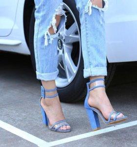 Босоножки новые джинсовые