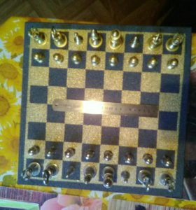 Сувенирные шахматы из метизов