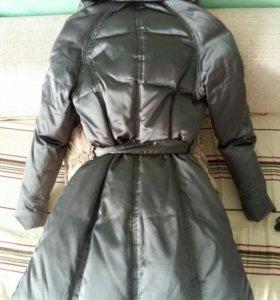 Новое пуховое пальто р 42