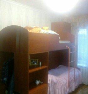 Двухъярусная кровать (кроватный блок)