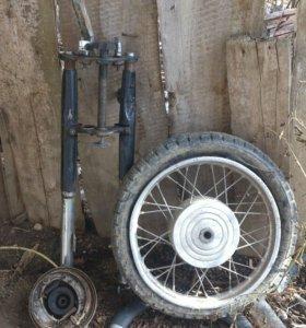 Вилка с колесом