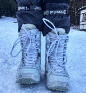 Женские сноубордические ботинки Burton Coco