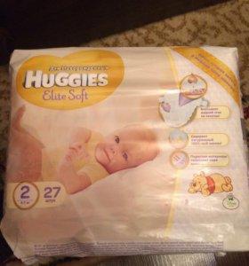 Подгузники Huggies Elite Soft.