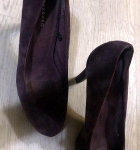 Замшевые туфли 39 размер