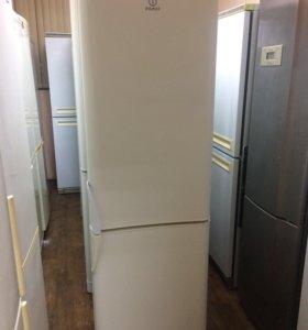 Холодильник Индезит C138G