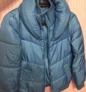 Яркая тёплая куртка