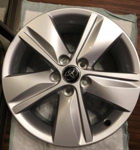 Диски на Toyota RAV4 Camri Corolla и т д Оригинал