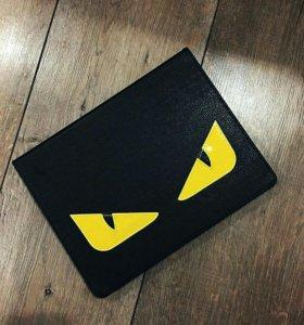 Чехол на iPad 2/3/4 в стиле известного бренда