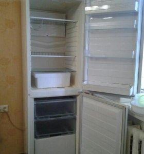 Холодильник Helkama 2-ух камерный