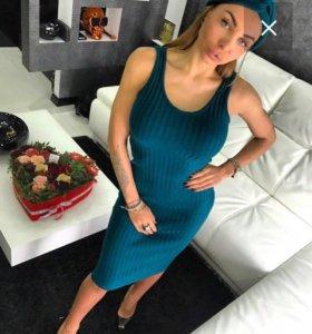 Стильное платье с чалмой