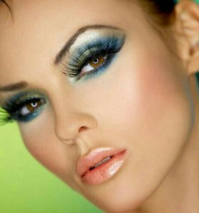 Наращивание ресниц+макияж