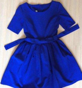 Платье женской