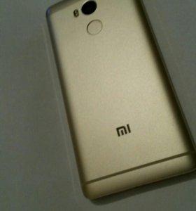 Xiaomi Redmi 4 Pro 3GB + 32GB (золотой/gold)