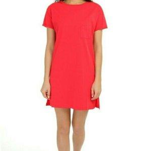 Платье трикотаж новое с этикеткой фирмы Твоё