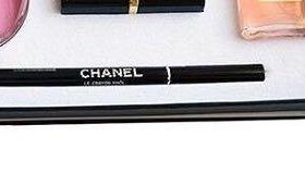 Чёрный карандаш CHANEL