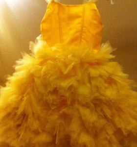 Платье нарядное, новое