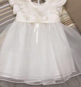Нарядное платье на малышку