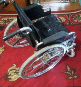 Инвалидная коляска. Новая