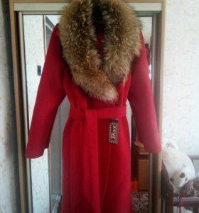 Пальто зимнее.Новое.
