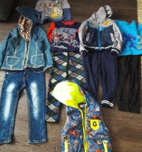 Кофты,джинсы,утепленные штаны,джинсовая ветровка